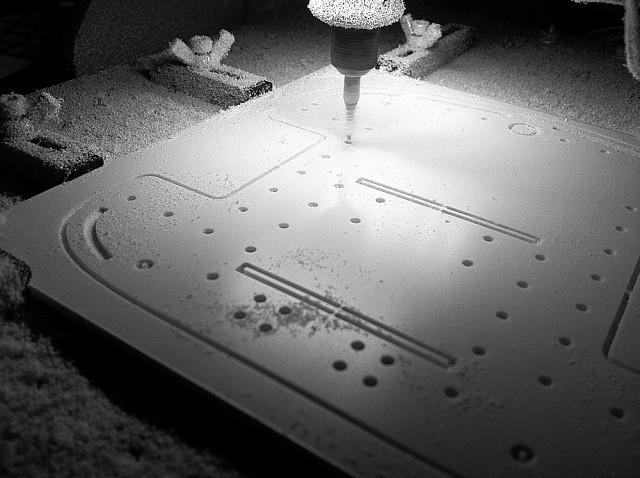 CNC plasticcard cutting